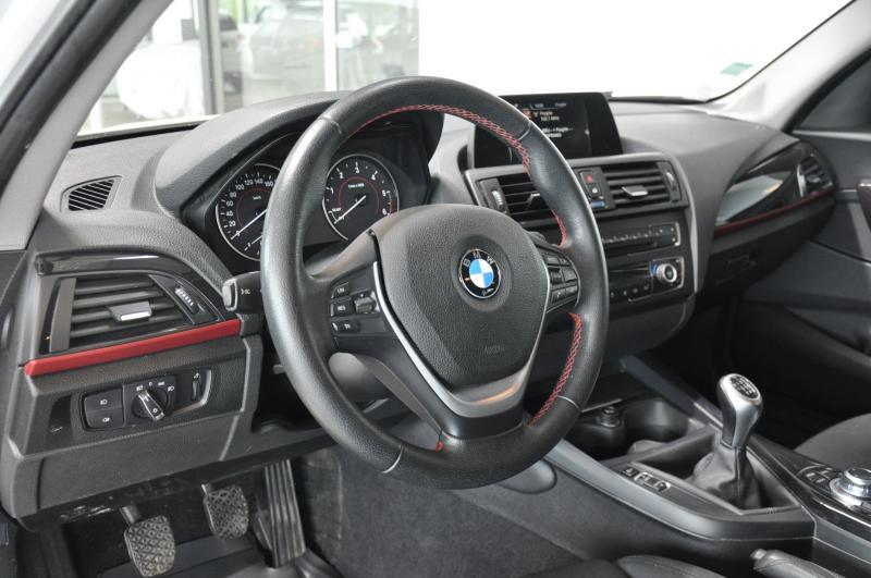 BMW SERIE 1 120d X-drive sport