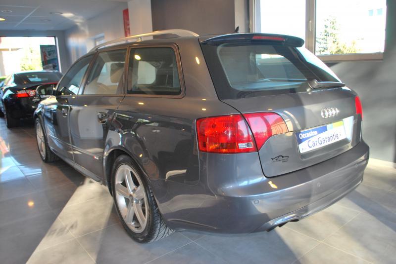 Audi A4 AVANT 2.0 TDI S-LINE 140