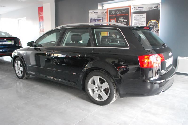 Audi A4 AVANT QUATTRO 2.0 TDI S-LINE
