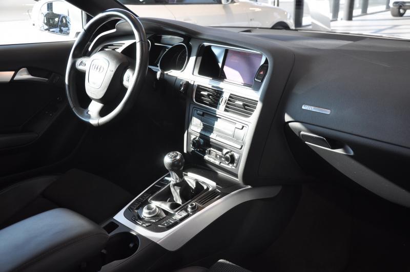 Audi A5 Coupe S-Line 2.0 TFSI
