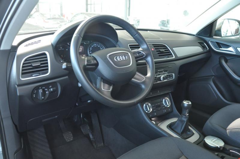 Audi Q3 2.0 TDI 140 S-line