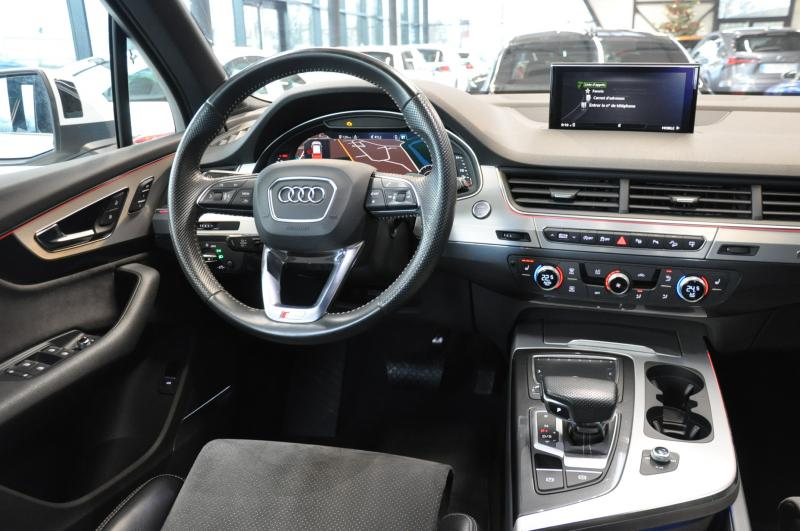 Audi Q7 3.0TDI 272 CLEAN DIESEL S-LINE