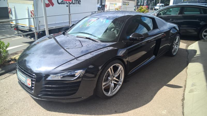 Audi R8 FSI 4.2 V8