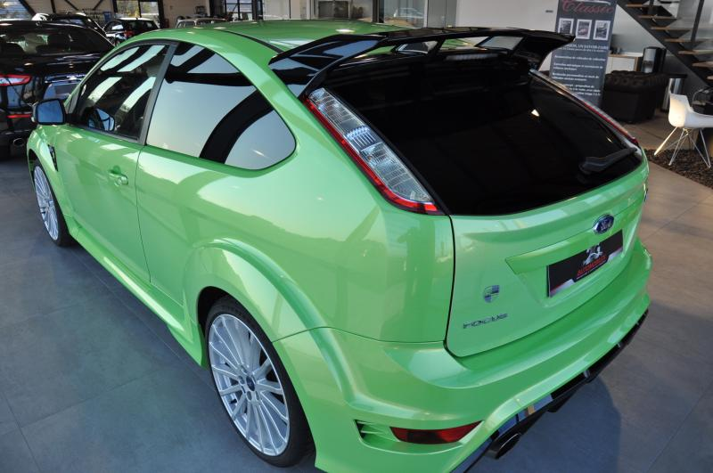 Ford FOCUS RS 2.5T 305