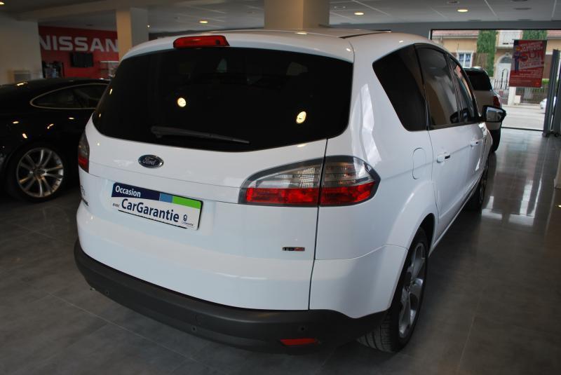 Ford S-MAX 2.0 TDCI 140 TITANIUM