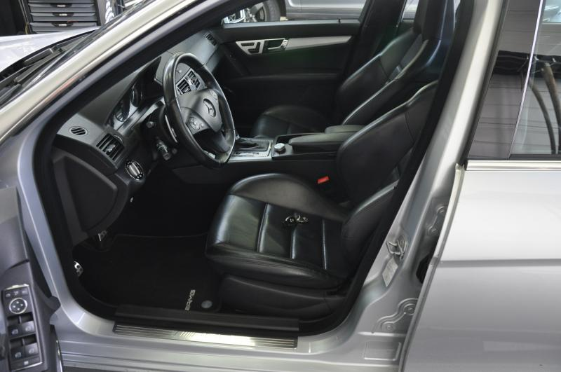 MERCEDES C63 V8 AMG PACK PERFORMANCE