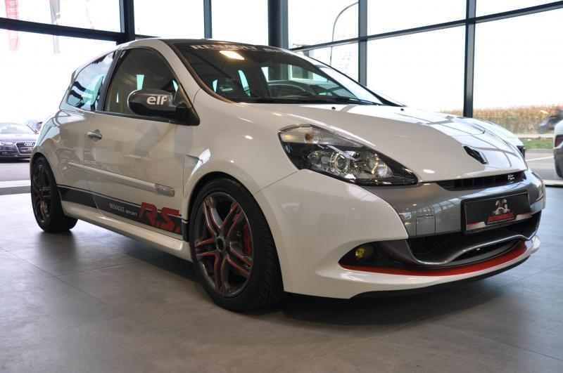 RENAULT CLIO III PH2 2.0 RS 200 CUP