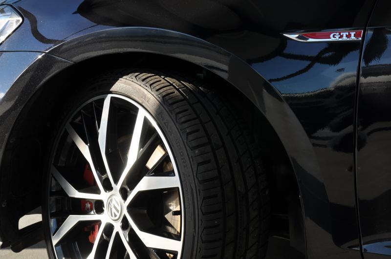 VOLKSWAGEN GOLF 7 GTI PACK PERFORMANCE 231CV